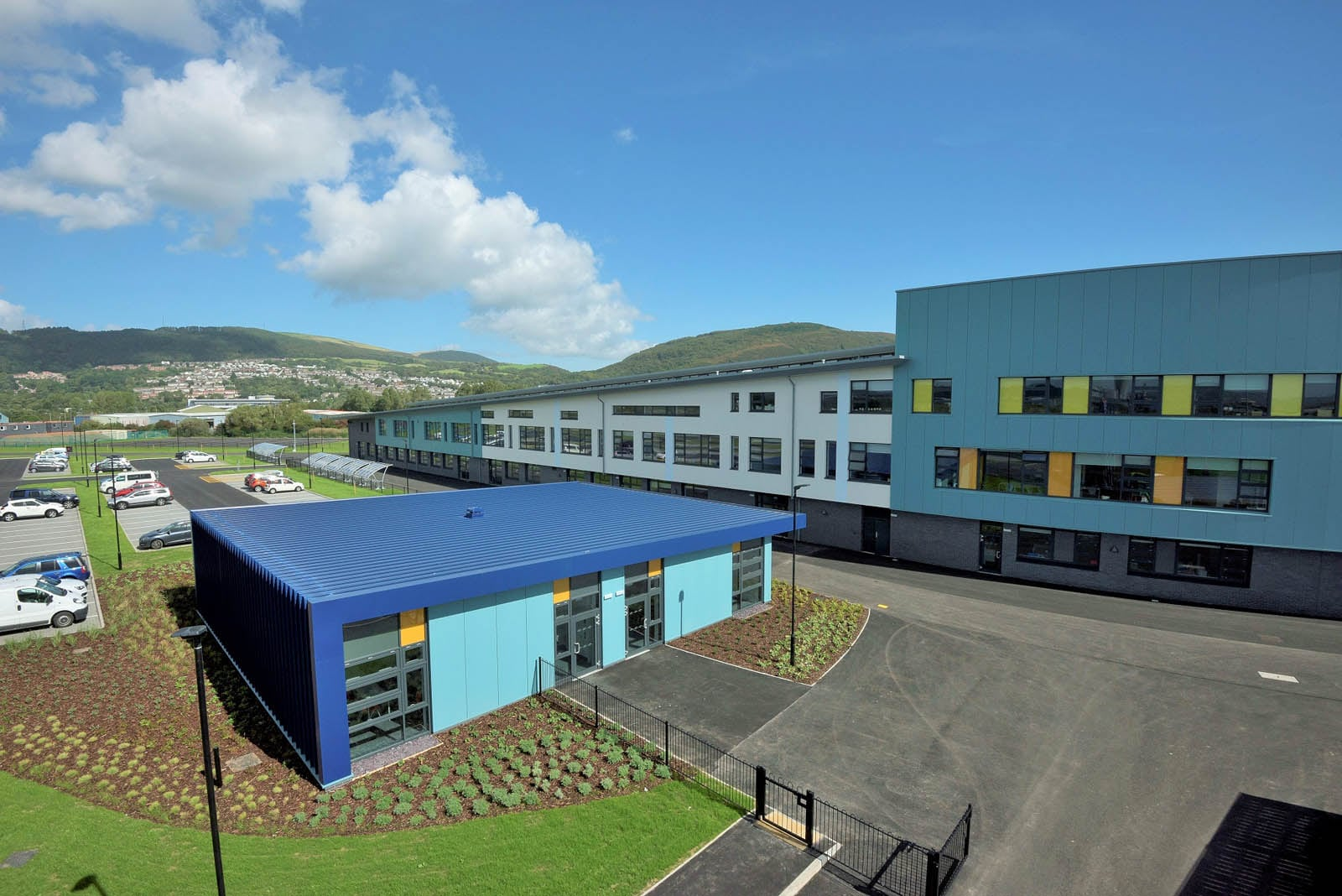 Ysgol Bae Baglan Ab Glass Doors Amp Windows Ltd